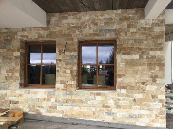 Amenajare perete interior casa cu scapitat rustic Vistea